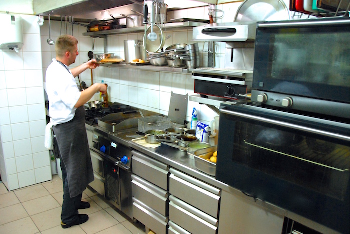 restaurační kuchyně