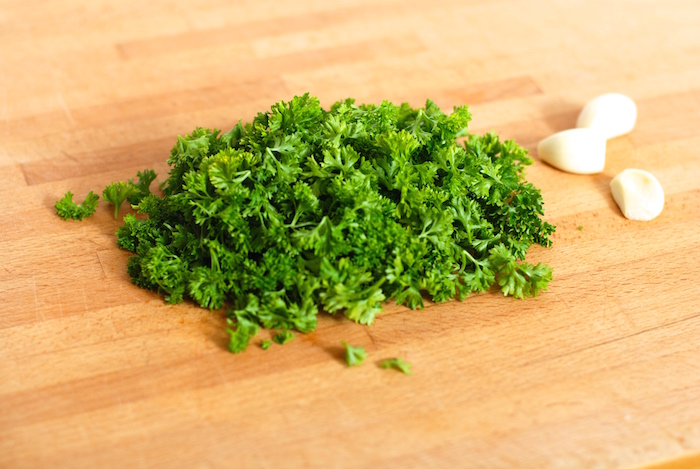 suroviny na bylinkovou sůl
