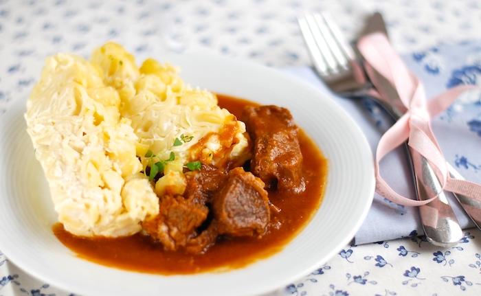 Vídeňský guláš z telecího masa