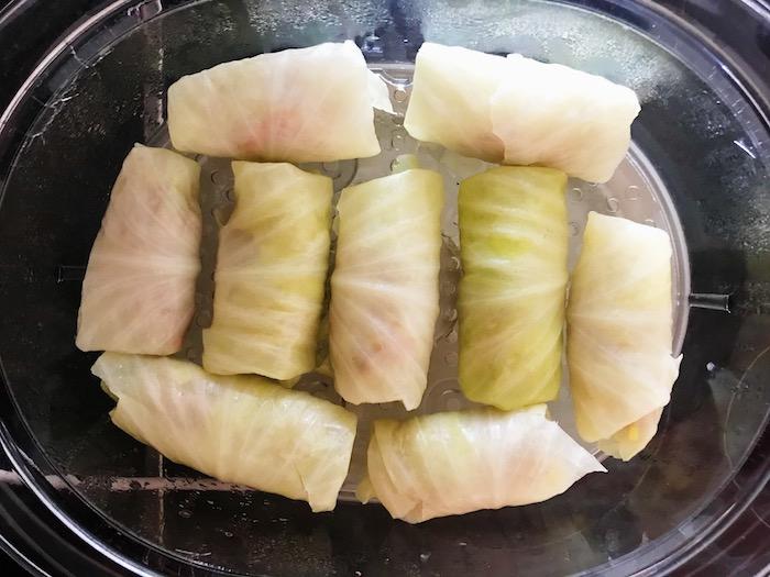 plněné zelné listy při vaření v páře