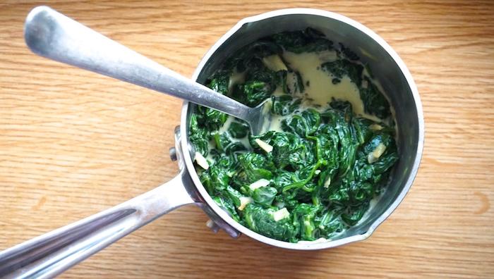 dušený špenát recept