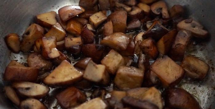 opečené houby do šťouchaných brambor