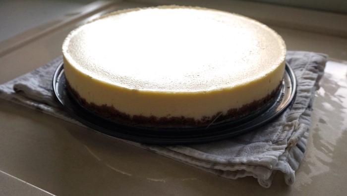 sejmutí formy z cheesecake