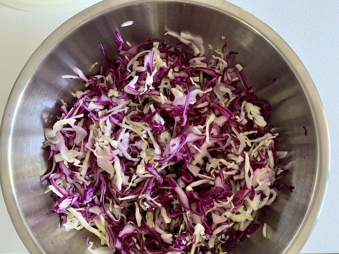 nasolené zelí na coleslaw